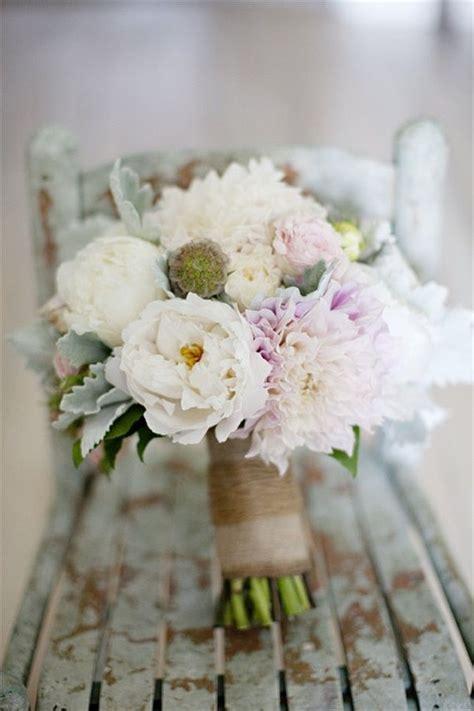les 25 meilleures id 233 es de la cat 233 gorie bouquets de fleurs toile de jute sur roses
