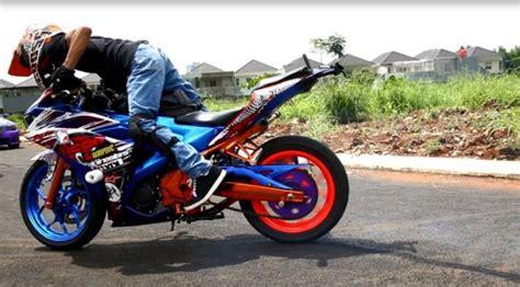 Modifikasi Motor Matic Untuk Freestyle by Modifikasi Motor Matic Untuk Freestyle
