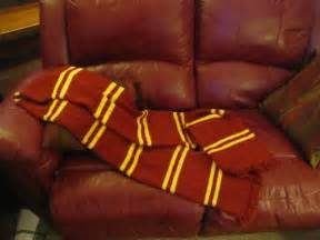harry potter scarves knitting patterns harry potter prisoner of azkaban gryffindor scarf the