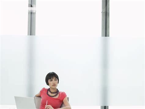 Sichtschutzfolie Fenster Lichtdurchlässig by Milchglasfolie Sichtschutzfolie F 252 R Fenster
