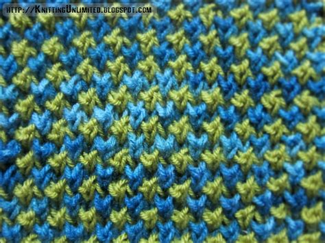 how to knit 2 colors together two color bee stitch pattern knitting unlimited