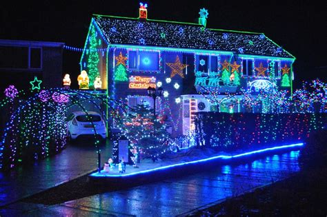 looking at lights deck the halls your best light displays in