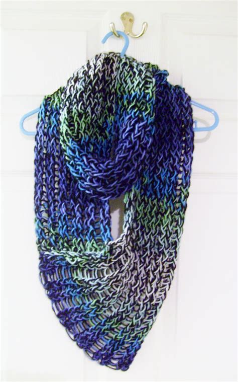 loom knit scarf pattern 17 best ideas about loom knitting scarf on