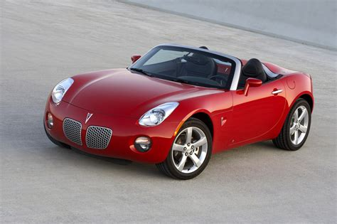 Pontiac Sport Cars by The Luxurious Of Pontiac Two Seater Sports Car Design