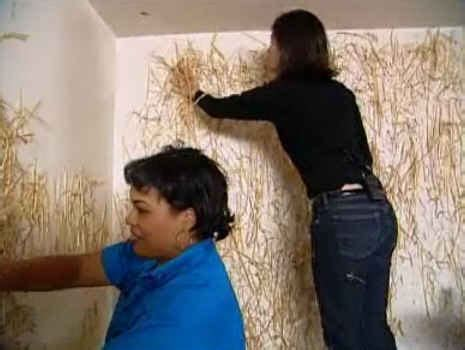 trading spaces hildi remember when hildi glued straw on the walls