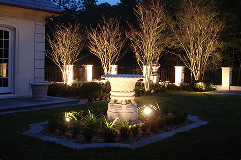 landscape lighting design installation st louis dusk to