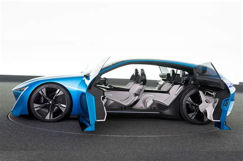 Car News by 8 Show Stopping Details On The Peugeot Instinct Concept By