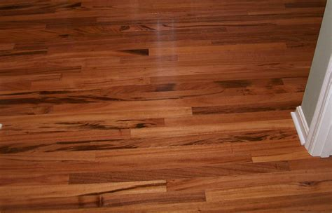 laminate floors pros and cons pros and cons of hardwood flooring vs laminate free