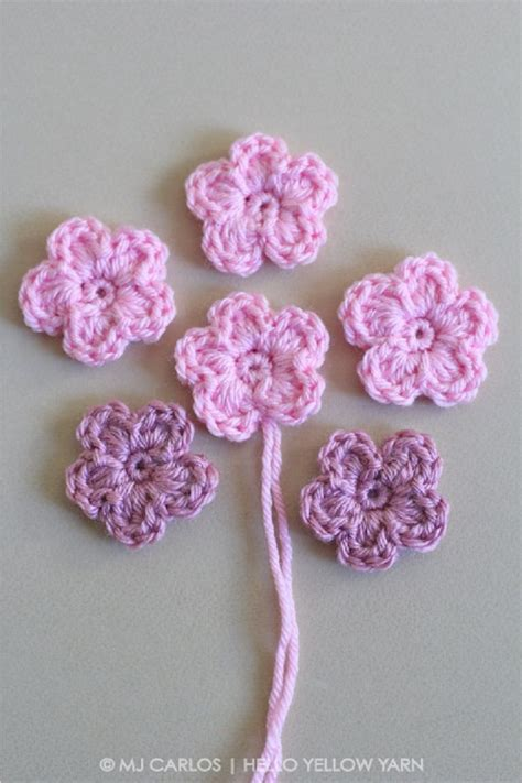 how to knit a flower for a baby hat best 25 crochet flower patterns ideas on