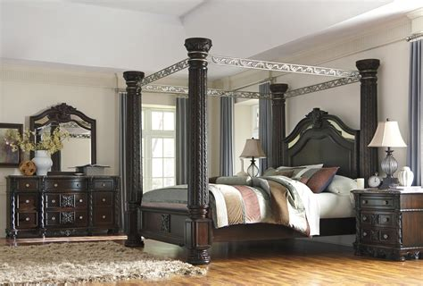 bedroom furniture canopy bed laddenfield poster canopy bedroom collection phonics