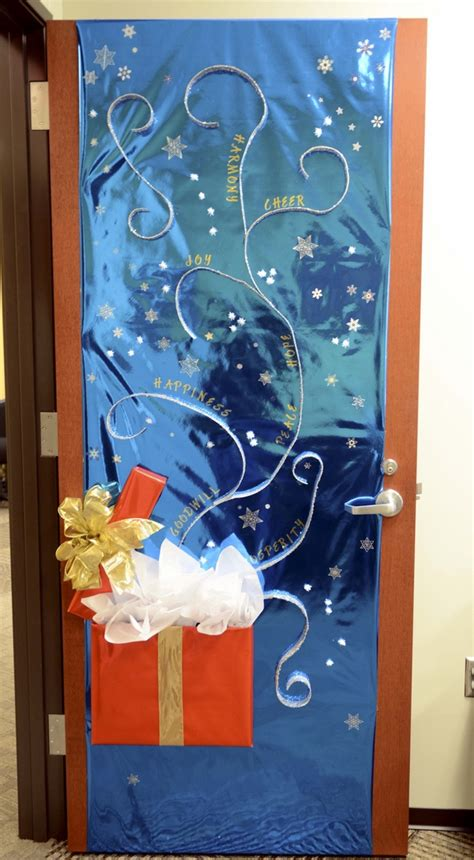 door decorations ideas for the front and