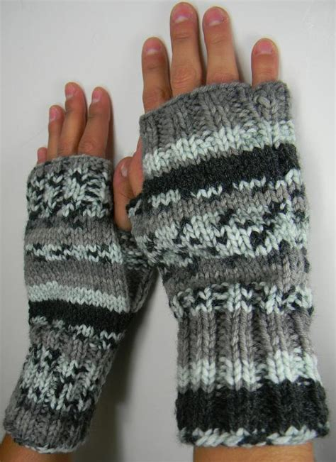 free knitting pattern for fingerless gloves on needles fingerless gloves or mittens 2 needle by louiseknits