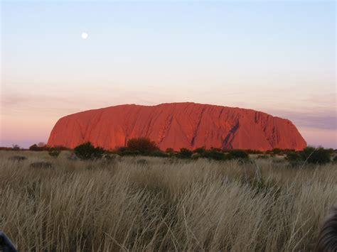 in australia file paul mannix uluru ayers rock at sunset uluru