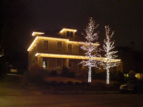 how to decorate your house for outside lights outside lights ideas homesfeed