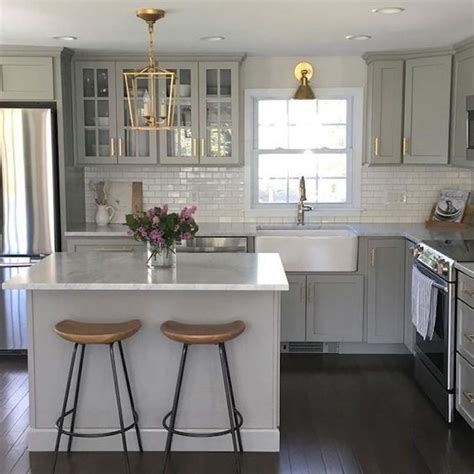 elements of an updated kitchen 25 best ideas about square kitchen layout on