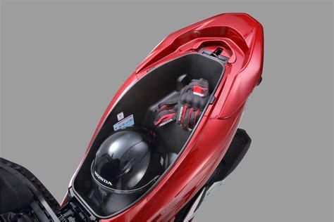 Pcx 2018 Change by 2018 Honda Pcx Launched By Boon Siew Honda Bikesrepublic