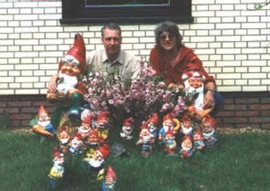 Schutz Der Gartenzwerge by Judith Jebsen Bilder News Infos Aus Dem Web