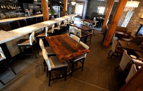 wood restaurant tables restaurant wood table www imgkid the image kid has it