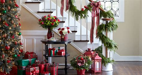 how to hang decorations how to hang garland step by step guide proflowers