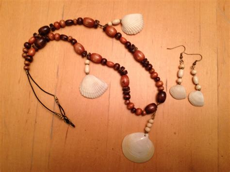 how to make jewelry from seashells simple seashell jewelry big scout project