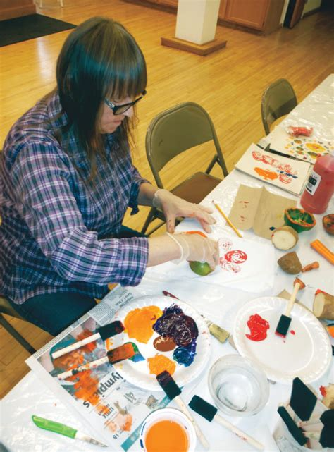 paper craft classes getting crafty news sports daily press
