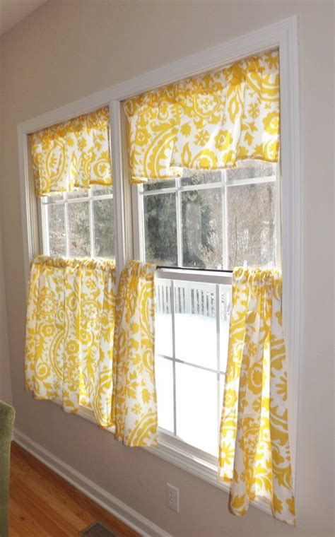 cafe curtains kitchen best 25 cafe curtains kitchen ideas on