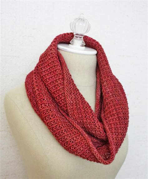 knitted infinity cowl pattern belgique infinity scarf cowl knitting pattern phydeaux