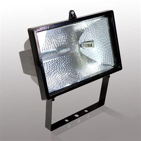 when to buy lights 10 reasons to buy halogen outdoor lights warisan lighting