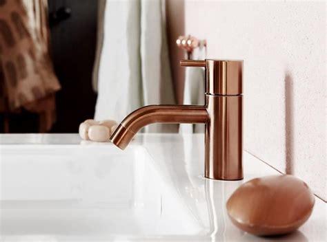 Badezimmermöbel Designklassiker by Badarmaturen In Warmen T 246 Nen Quot Hv Quot Vola Badezimmer