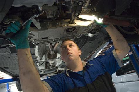 spray painter apprenticeship brisbane year 12 student lands mercedes apprenticeship auto