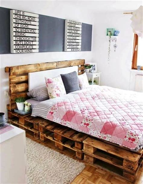 no bed frame ideas 1000 ideas about pallet bed frames on bed