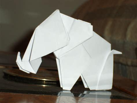 elephant origami easy origami elephant by munkichii on deviantart