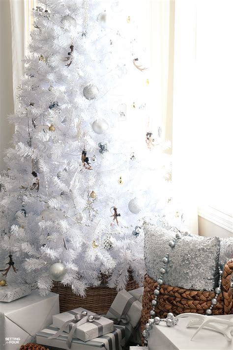 white tree rustic glam style setting for four