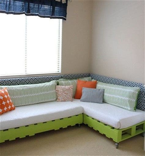 How To Make Sofa Bed 10 Diy Simple How To Make A Diy And Crafts