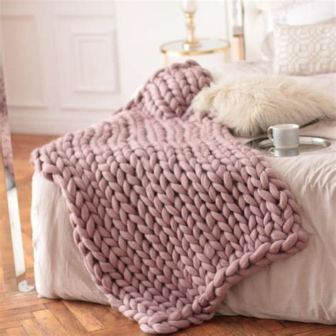 big knit blanket 25 unique chunky knit blankets ideas on