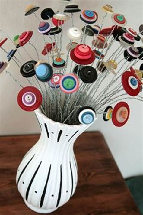 www crafts diy recycling buttons innovative crafts recycled things