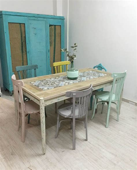 muebles restaurados chalk paint m 225 s de 1000 ideas sobre peque 241 as casas de playa en
