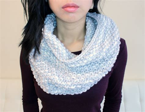 beginner knit scarf purllin snow day infinity scarf free pattern
