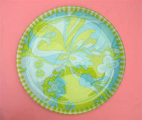 how to decoupage plates decoupage how to on glass plates images