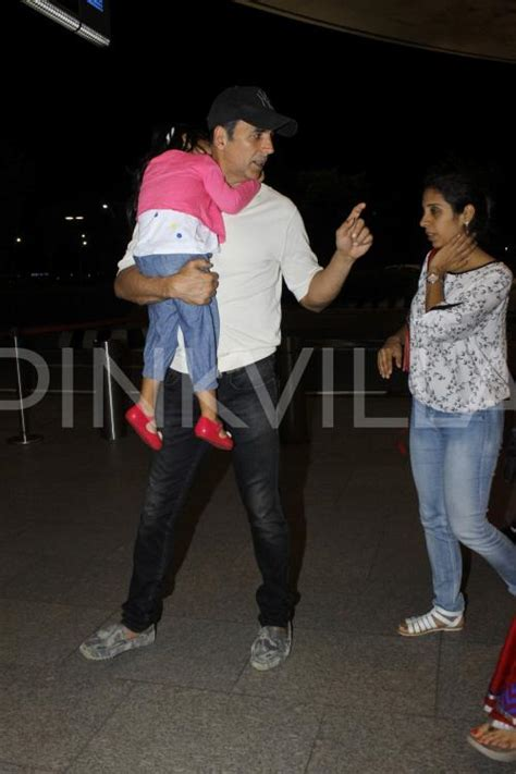 Twinkle Khanna Home Decor akshay spotted with wife twinkle and kids aarav and nitara