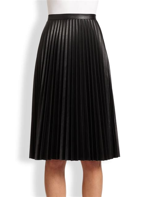 leather pleated skirt bcbgmaxazria elsa faux leather pleated skirt in black lyst