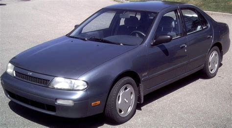 books on how cars work 1993 nissan altima free book repair manuals file altima 1993 1994 jpg wikimedia commons