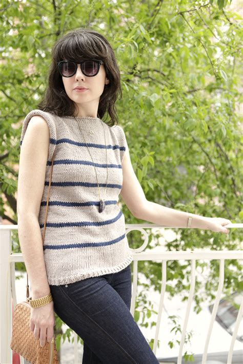 sleeveless sweater knitting pattern a common thread free sweater pattern no sew striped