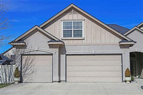 3 car garage homes meridian homes 3 car garages vs tandem garages phil hoover