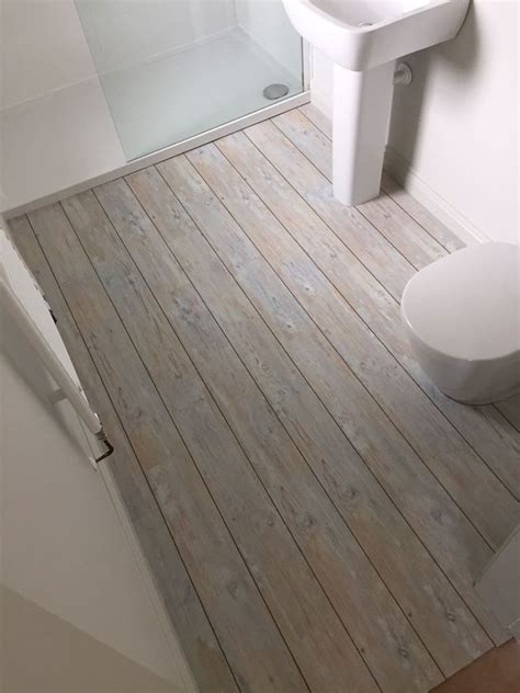 vinyl flooring for bathrooms ideas best 25 seaside bathroom ideas on