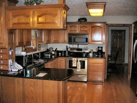 kitchen colors with oak cabinets and black countertops oak kitchen cabinets file name kitchen colors