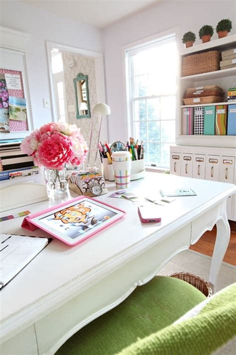 decorating your office desk ideas to decorate your office desk