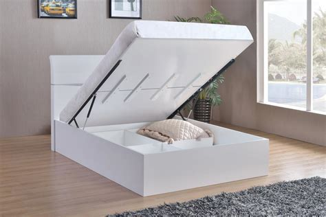 white size bed white high gloss king size bed homegenies