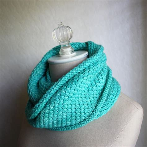 knitted infinity cowl pattern phydelle infinity scarf cowl knitting pattern phydeaux