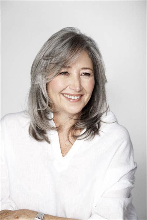 mid length grey hair 10 hairstyles for short grey hair wiseshe fashion blog